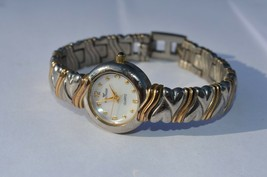 Vintage WALTHAM Twin Hearts 2 tone women's quartz watch New Battery MOP dial - $9.46