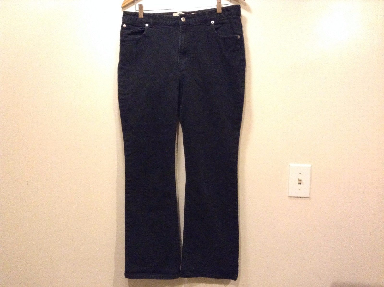 Great Condition Gap Stretch Boot Cut Size 14 Cotton Blend Black Pants Button