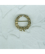 Dainty Brass Wreath Pin Christmas Costume Jewelry - $8.00