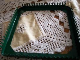 Green Metal Weaving Loom - $13.18 CAD