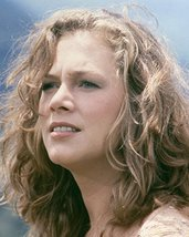 Kathleen Turner beautiful portrait in her 1980's prime 16x20 Canvas Giclee - $69.99