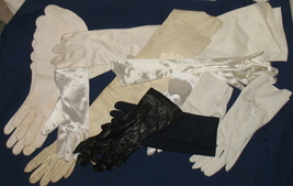 Lot of 10 Pairs Ladies Gloves-Some Vintage Size Small  - $99.99