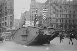 British tank sporting an American Flag tracks down Fifth Avenue, New Yor... - £14.37 GBP