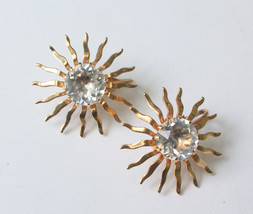 Sarah Coventry Dainty Fascination Earrings Crystal Center Gold Tone 1959 - $12.00