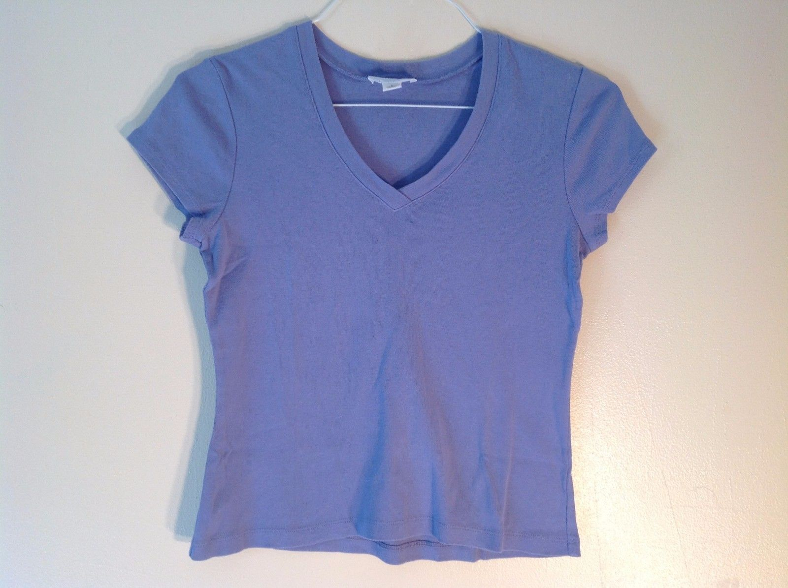 Ann Taylor LOFT 100% Cotton Small Lilac Periwinkle V-neck Short Sleeve T-Shirt