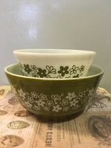 Vintage Spring Blossom Pyrex Mixing Bowls # 402 and # 403 Collectible Ki... - $18.00