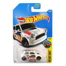 NEW Hot Wheels 1:64 Die Cast Car HW Art Cars Colorful White Morris Mini ... - €12,79 EUR