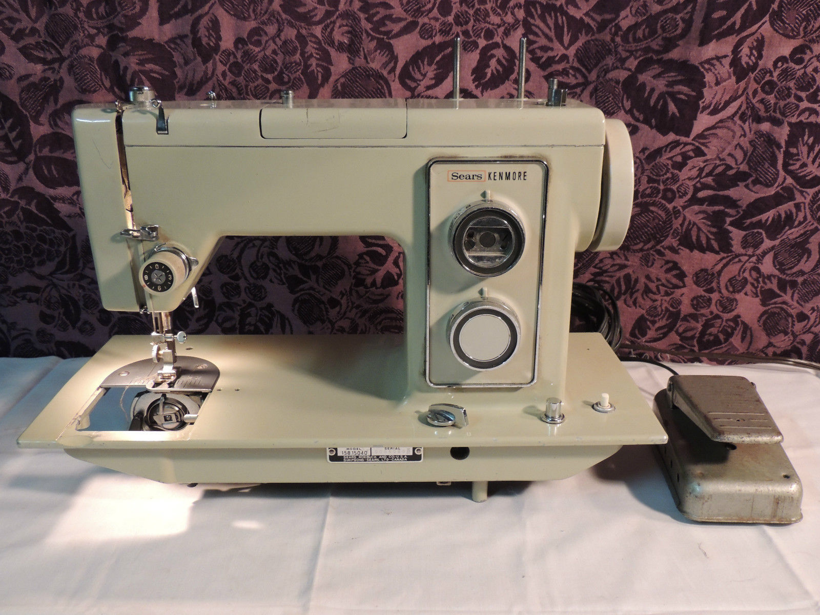 Vintage Sears Kenmore Sewing Machine, Model # 158.15040 Powers & Cycles