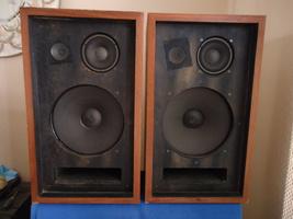 Pioneer CS-77 Speakers, See Video ! - $125.00
