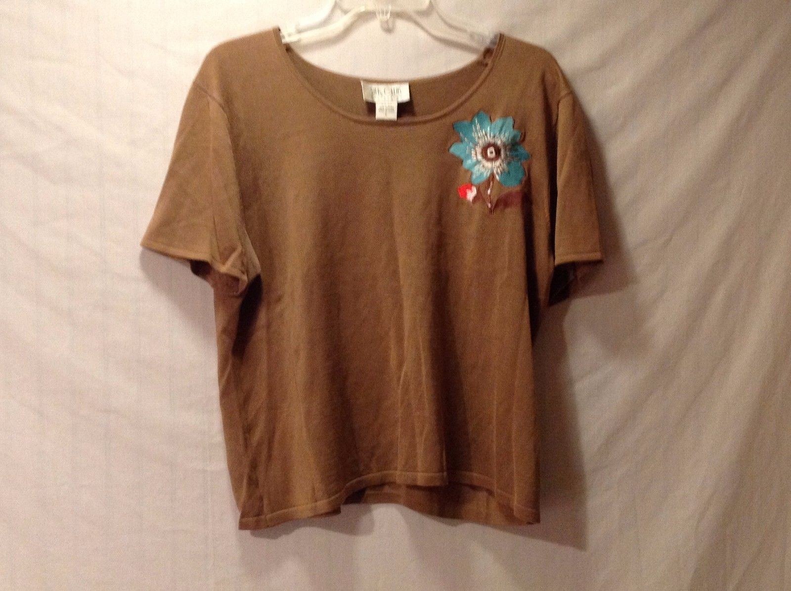 Excellent condition Women's large Silk Club lightweight sweater top brown/tan