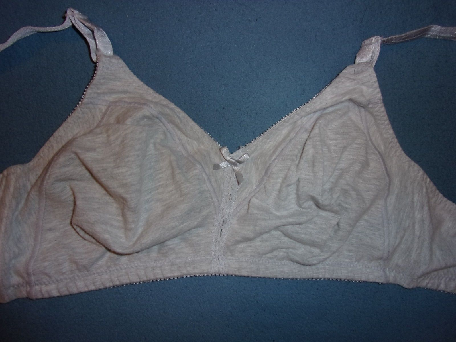 cd8b0bea8c7da 36C NWOT Unbranded Soft Cup Wire Free Full and 50 similar items