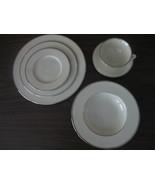 Lenox Montclair Presidential Eggshell Platinum Rimmed 6 Pc.Place Setting... - $125.00