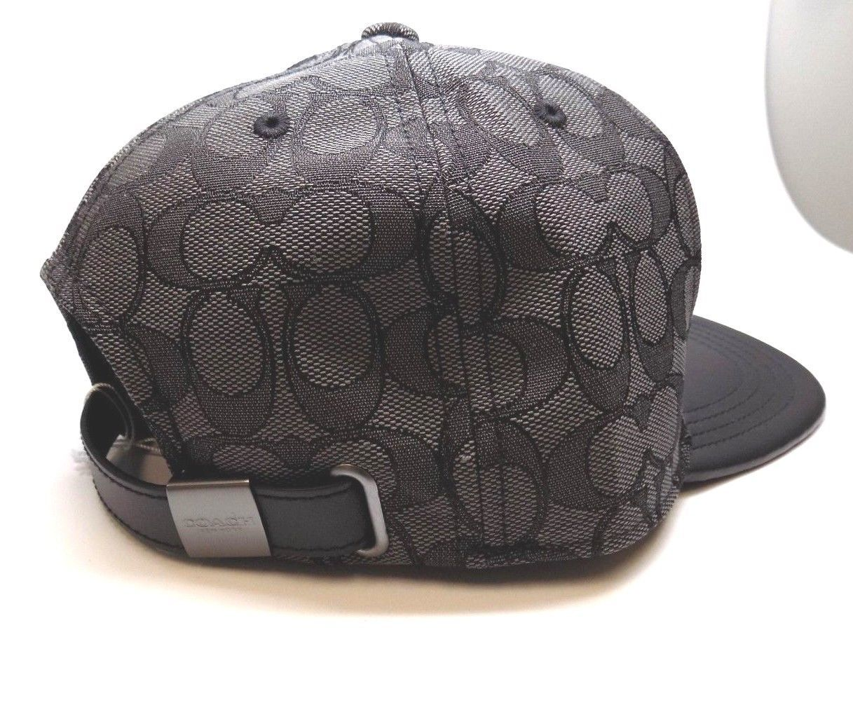 BRAND NEW MEN S COACH (F33776) FLAT BRIM SIGNATURE BLACK ADJUSTABLE HAT CAP 9e64b15c1e41