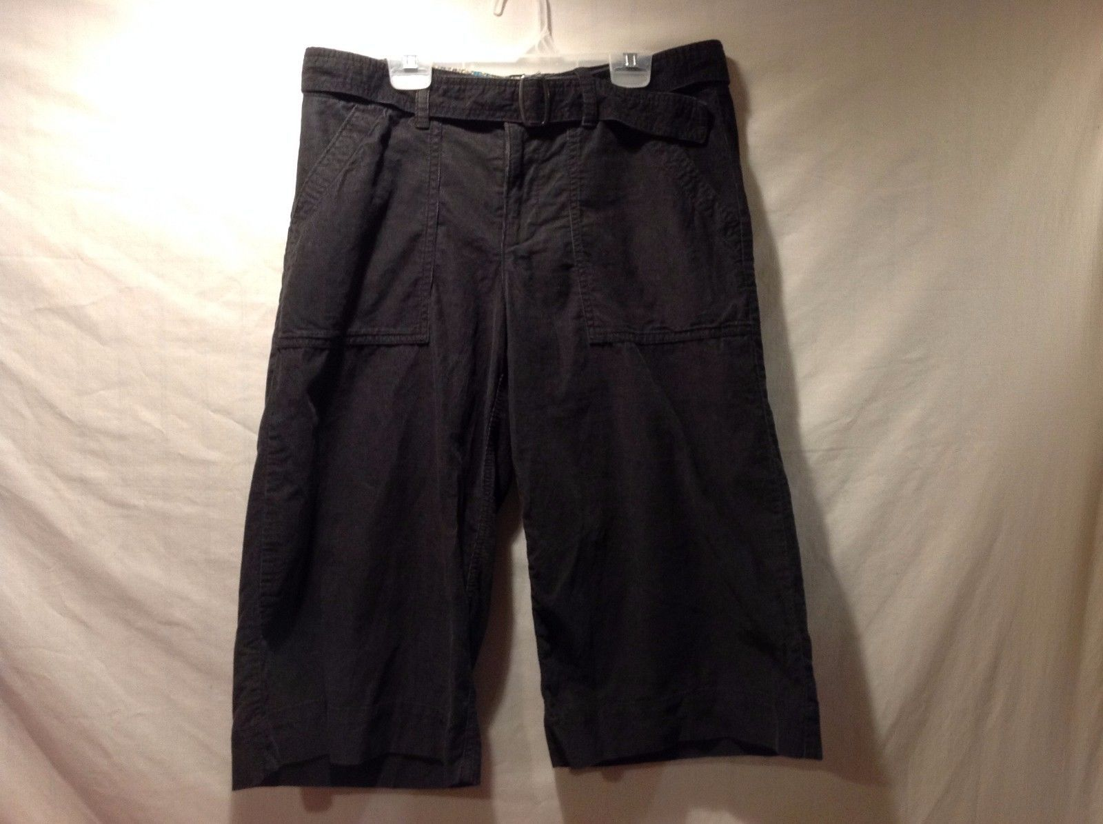 Great Condition Size 8 Old Navy Low Rise Corduroy Black Capris 100% Cotton
