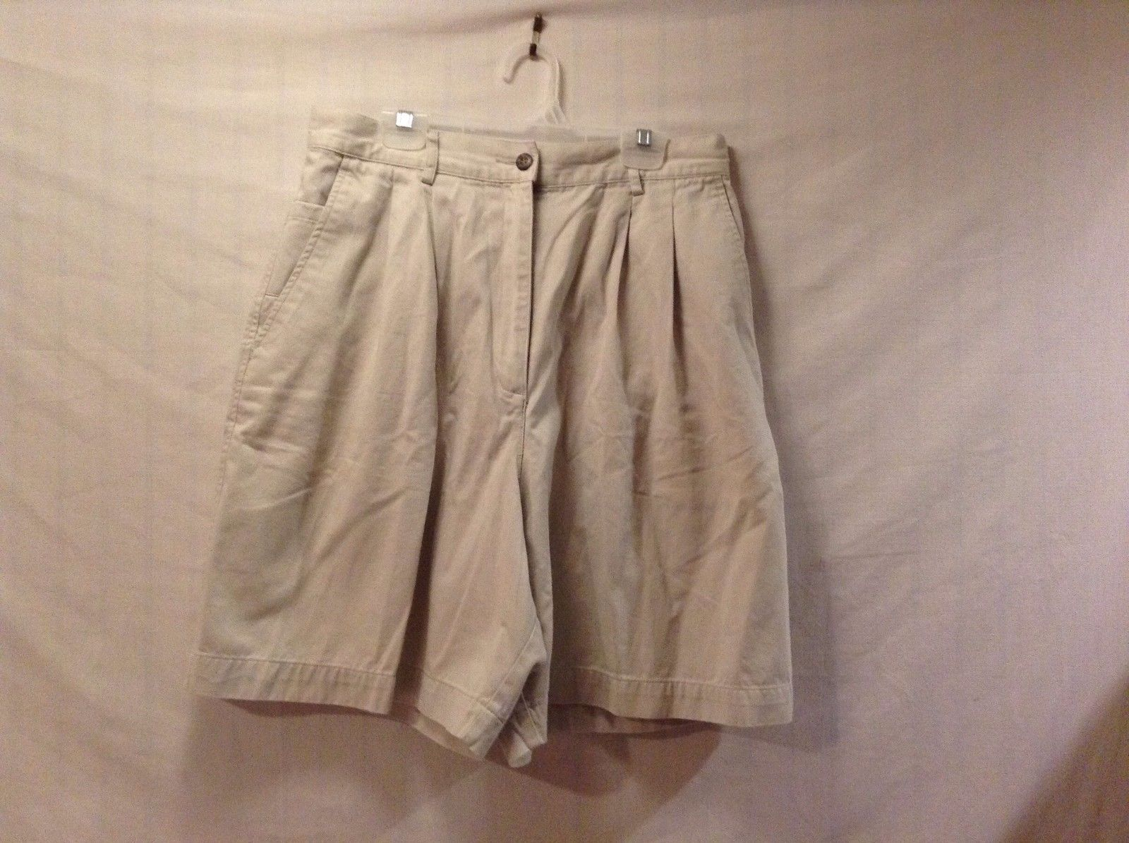 Great Condition Marsh Landing Essentials Light Khaki Size 14 Shorts 100% Cotton