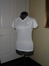 CHAMPION WOMANS ATHLETIC WORKOUT SHIRT SIZE M DOUBLE DRY WHITE  NWT - $15.99