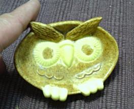 Vintage Owl Bubble Gum Holder // Ring Dish // Trinket Dish - $5.02
