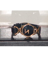 Pre-Owned Gucci Quartz 6000.2.l Leather Band Dr... - $79.20