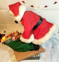 """VINTAGE SANTA CLAUS WITH BAG OF TOYS ON HEAVY CERAMIC FLOOR BASE -  10""""X10"""" image 5"""
