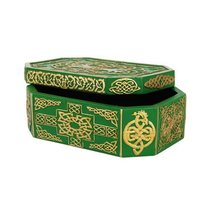 6 Inch Green and Golden Celtic Knot Jewelry/Trinket Box Figurine - £16.88 GBP