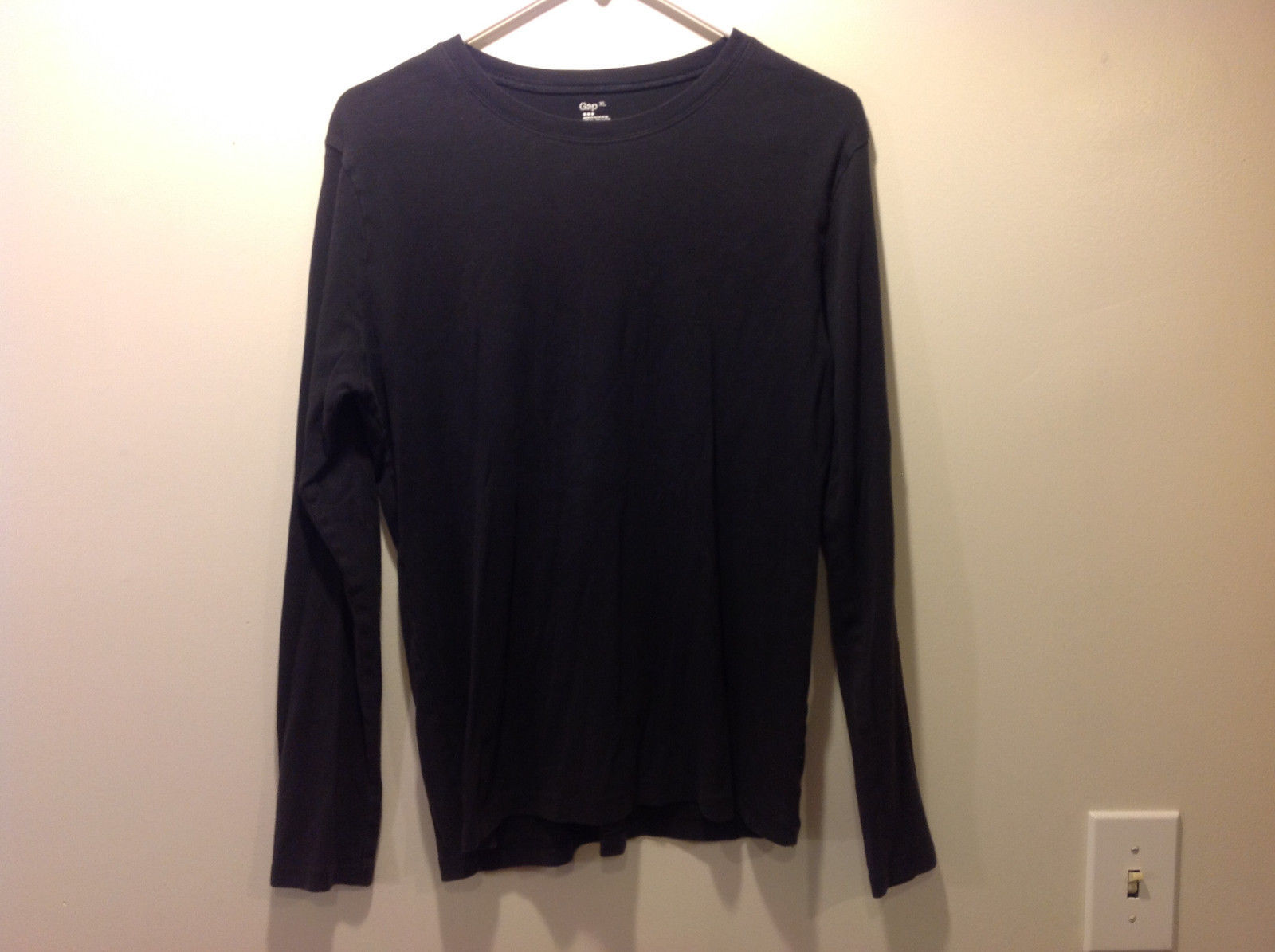 Gap black long sleeve shirt