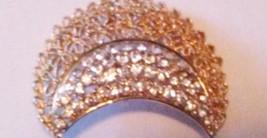 KARU ARKE Signed Rhinestone Floral Filigree Brooch Pin Vintage 50's - $29.95