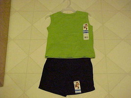 Outfit Boys 12 Month New Garanimals Green Muscle T-Shirt & Black Shorts - $12.38