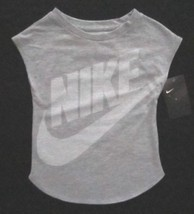 Nike Graphic-Print T-Shirt, Little Silver Size 5 3MB961G - $14.90