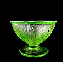 Jeannette Green Glass Cherry Blossom Depression... - $26.50