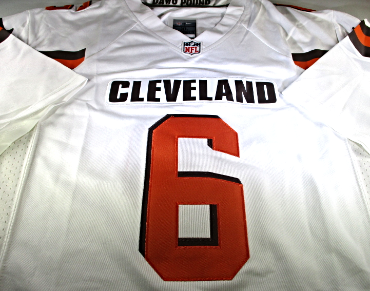 the latest 49665 3118c BAKER MAYFIELD / CLEVELAND BROWNS QB / HAND SIGNED BROWNS NFL LOGO JERSEY /  COA