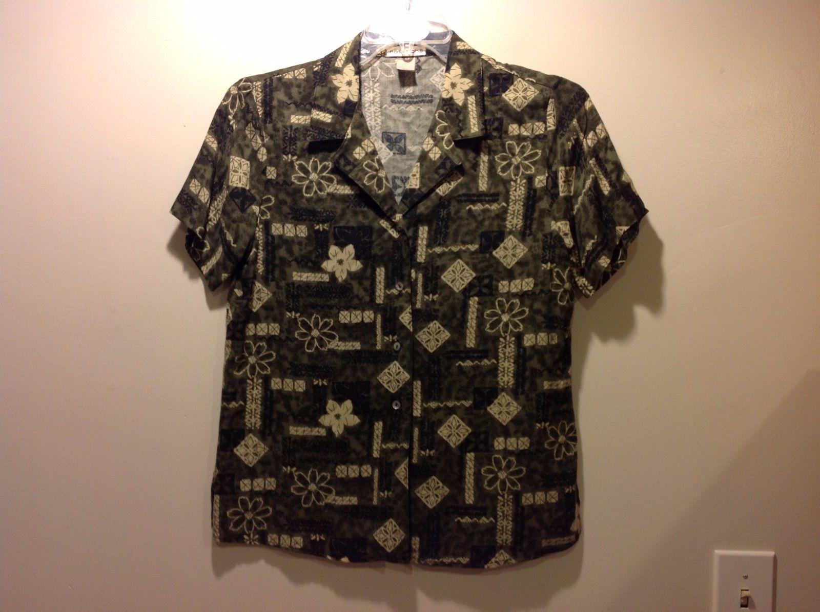Great Condition Medium Hawaiian Short Sleeved Button Up Shirt Notiations Green