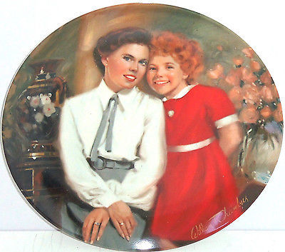 Annie Grace Collector Plate Orphan Columbia Picture Movie Vintage1983
