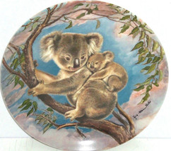 Koala Bear Baby Collector Plate Trusting Hug Wildlife Hicks Knowles Vint... - $59.95