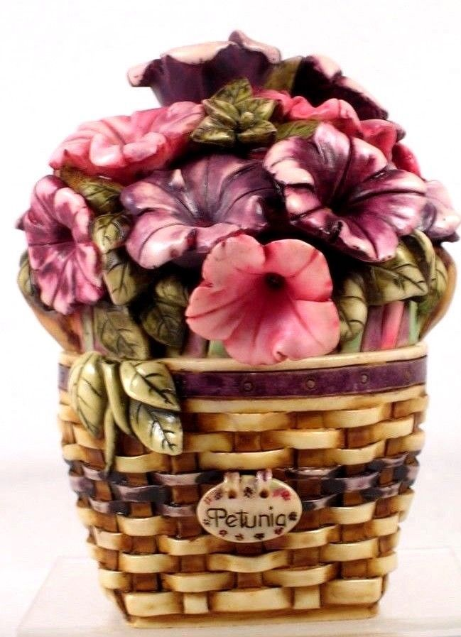 Primary image for Longaberger Harmony Kingdom Limited Exclusive Petunia Basket