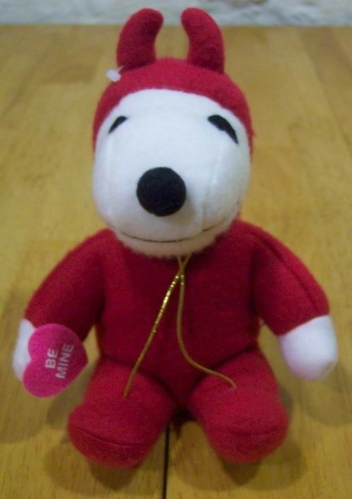 "Peanuts VALENTINE'S DAY SNOOPY AS DEVIL BE MINE 6"" Plush Toy"