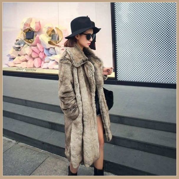 Sleek Long Full Pelt Platinum Imitation Mink Long Sleeve Thick Collar Fur Coat
