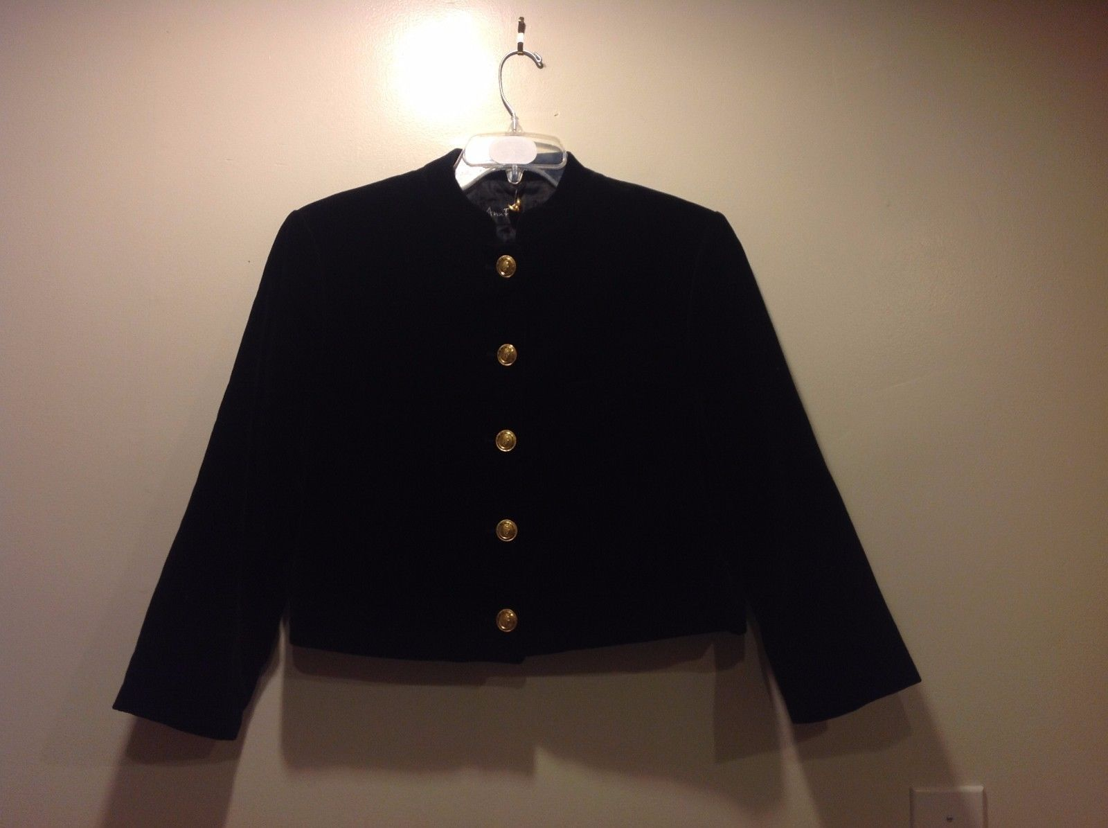 Great Condition Ann Freedberg Black Jacket Gold Engraved Buttons Jacket