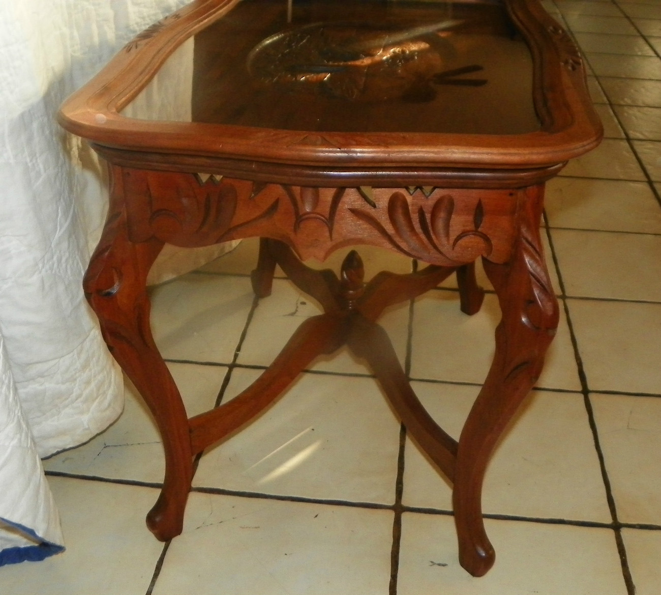 Solid Walnut Swans a Swimming Carved Coffee Table with Serving Tray  (CT14)