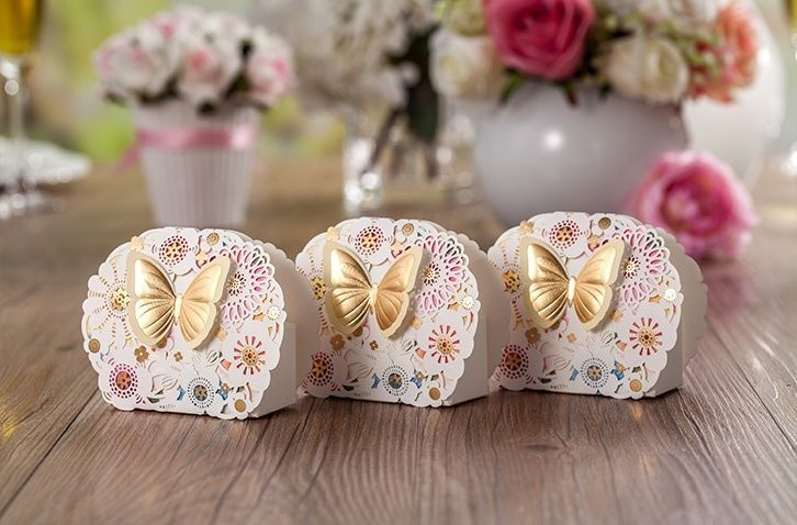 Laser cut hollow wedding favor candy boxes wishmade CB5069