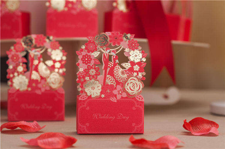 Red laser cut hollow wedding favor candy boxes CB6010
