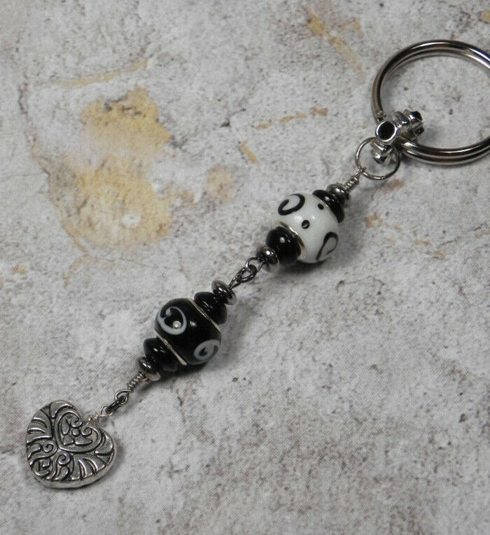 Primary image for Murano Swirl Heart Beaded Handmade Keychain Split Key Ring Black White Silver