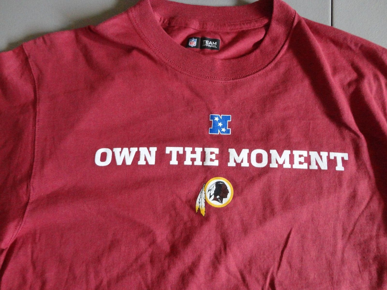 New w/o Tags Red Majestic Washington Redskins NFL Football T Shirt Adult L Excel