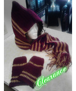 Crochet Warm Scoodie & Fingerless Gloves Set/Burgundy & Warm Brown - $30.00