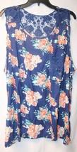 New Womens Plus Size 3X Blue Rosy Floral Tank Top W Blue Crochet Pocket & Back - $15.47