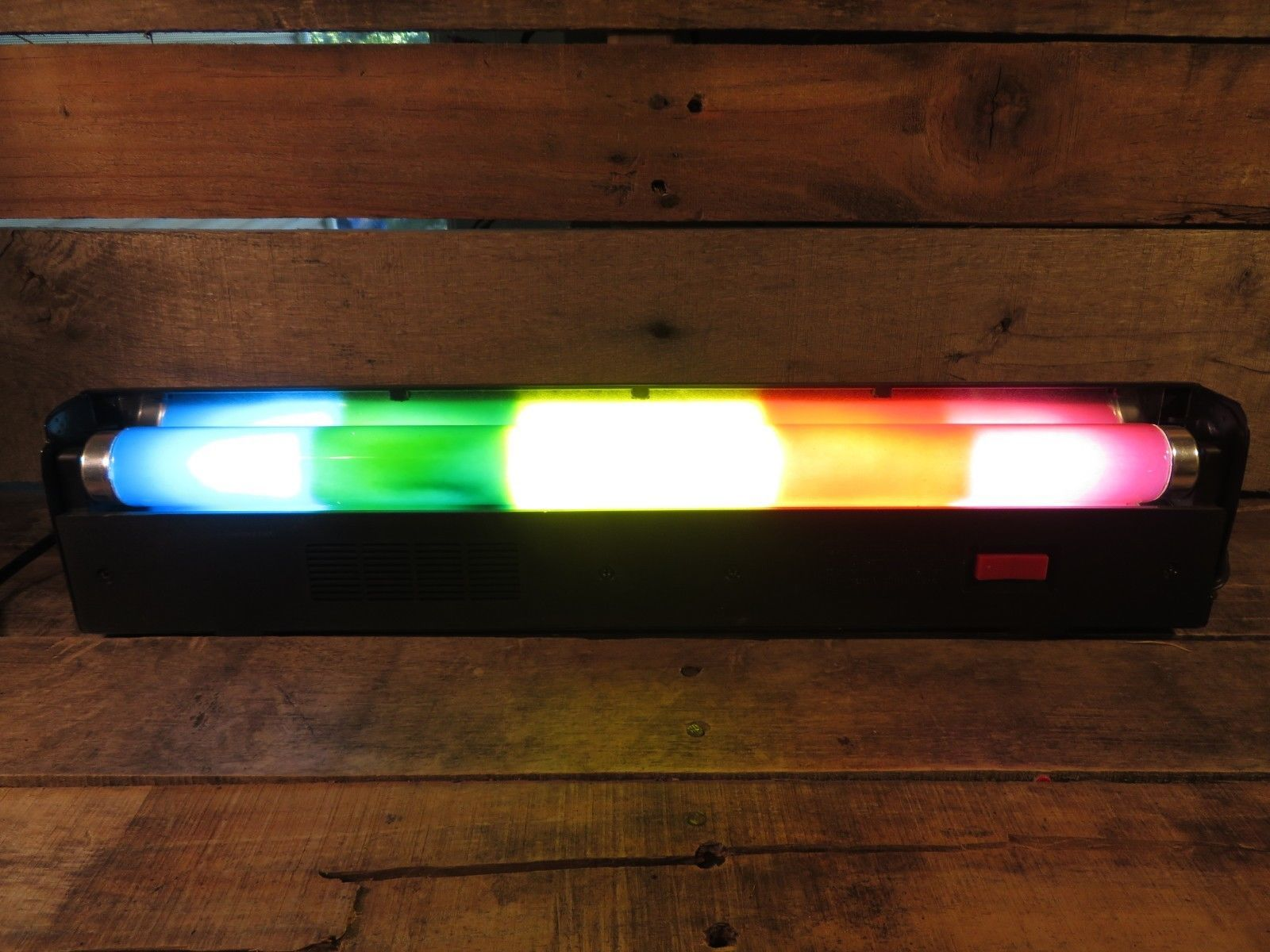 Rainbow (Bulb) Fluorescent Light Bar Indoor