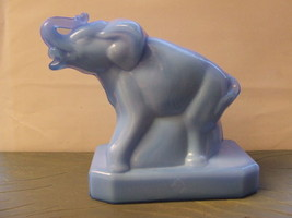 Vintage Boyd Crystal Art Glass Elephant Zack #3 Delephinium 1st mark Solid - $33.62