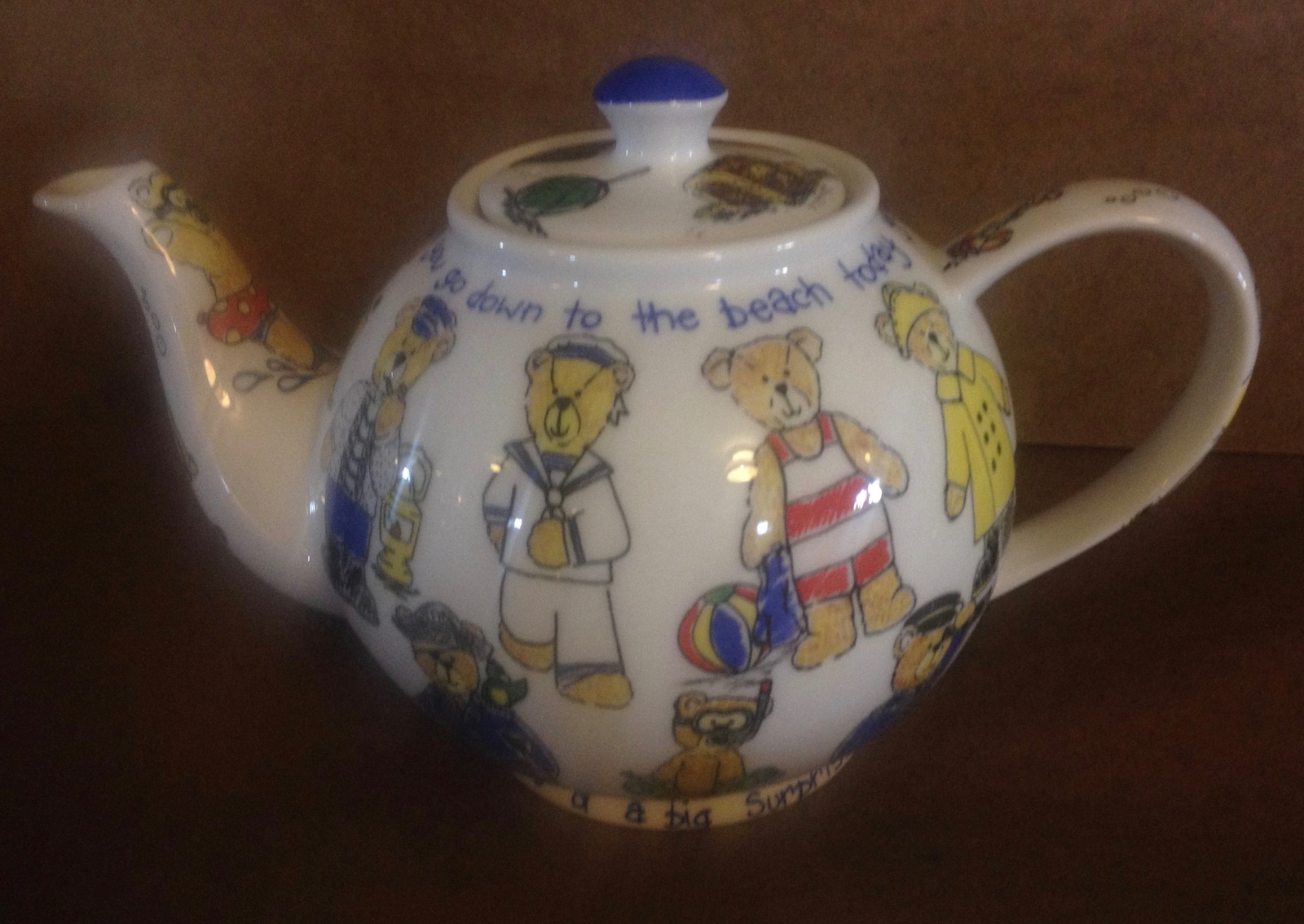 "Vintage ""Beach Bears"" PAUL CARDEW Design Porcelain Tea Pot Retired Bear"