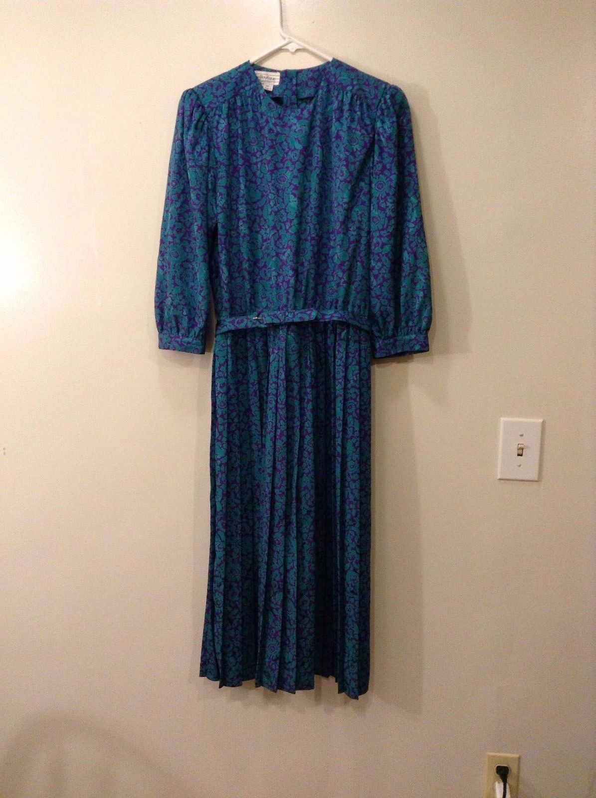 Maggy Boutique by James Daugherty Turquoise Purple Floral Dress Size 4 Pleated