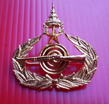 Royal Thai Army 1st Class infantry Pistol Badge Insignia Pin Thailand RTA. - $12.87