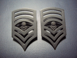 US ARMY SET OF 2 FOR COLLAR U.S.ARMY BLACK MILITARY INSIGNIA RANK. - $13.46